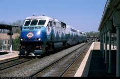 RailPictures.Net Photo: VRE V41 Virginia Rail Express (VRE) EMD F59PHI at Alexandria, Virginia by George W. Hamlin