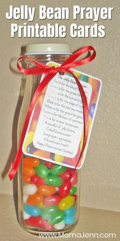 Celebrate Easter with the Jelly Bean Prayer! Simply grab a jar, jelly beans, ribbon and the FREE printable to make this great handmade holiday gift idea for kids! Jelly Beans, Jelly Bean Jar, Easter Craft Activities, Easter Crafts, Easter Ideas, Toddler Activities, Holiday Crafts For Kids, Diy Christmas Gifts, Holiday Gifts