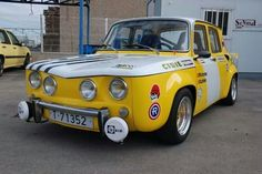 Renault 8TS made in Spsin by FASA-Renault Turbo Car, Renault 5, Engin, Mini Trucks, Rally Car, Fiat 500, Vintage Racing, Vespa, Custom Cars