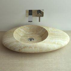 Vasque à poser en pierre travertin ovale. Modèle très élégant à ...