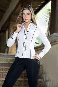 Simple Formal Dresses, Work Wear Office, Hijab Fashion, Fashion Outfits, Suits For Women, Clothes For Women, Executive Fashion, Stylish Shirts, Business Outfits