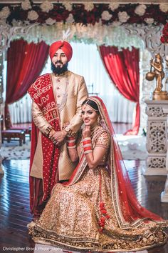 See this gorgeous Indian newlyweds posing for the photo shoot Indian Bride Poses, Indian Wedding Poses, Wedding Picture Poses, Indian Bride And Groom, Sikh Wedding, Marriage Poses, Wedding Outfits For Groom, Wedding Couples, Indian Wedding Pictures