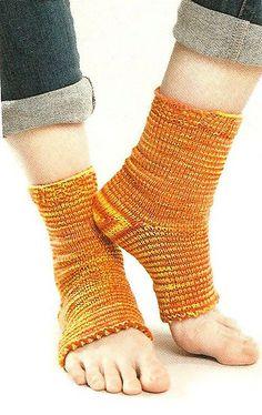 87f31270362980 Pedicure Socks pattern by Leisure Arts