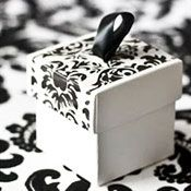 TapeSwell Decorative Packing Tape: Get inspired from our project ideas and submit your own tacky ideas . Tape Crafts, Sewing Crafts, Diy Crafts, Wedding Gift Boxes, Decorative Tape, Pretty Packaging, Damask, Gift Wrapping, Crafty