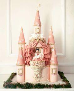 Castle Cake - cake by Kek Couture - CakesDecor Castle Birthday Cakes, Birthday Cake Girls, Princess Birthday, Castle Cakes, Frozen Castle Cake, Couture Cakes, Sculpted Cakes, Princess Castle, Princess Cakes