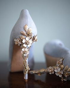 Blue wedding shoes, the perfect blue something - Blue wedding shoes, the perfect blue something - Fancy Shoes, Pretty Shoes, Crazy Shoes, Blue Shoes, Beautiful Shoes, Me Too Shoes, Gorgeous Heels, Blue Wedding Shoes, Wedding Shoes Heels