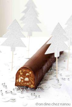Log en gecanneleerde bar helse (we dineren in Nanou . French Sweets, Patisserie Fine, Pastry Cook, Pastry Design, Glaze For Cake, Handmade Chocolates, I Love Chocolate, Fancy Desserts, Xmas Cookies