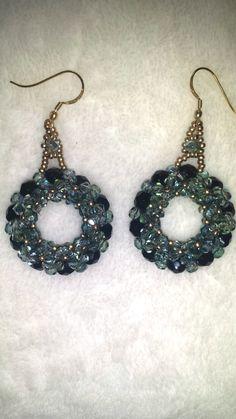 orecchini cerchio 3d con bicono swarovski    Lsbijoux.pa@gmail... #swarovski #bracciali #handmade #palermo #italia #cool #jewerly #diamond #igersitalia #italia #bijoux #palermo #instagood #igers #girls #fashion #woman #artigianato #jewels #fashionjewels #accessori #shopping # perle # collare # orecchini