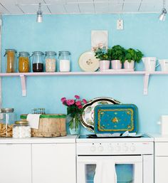 Shelf idea for my kitchen loving the turquoise but may go with (granny smith apple) lime accents