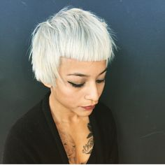 Geometric, angular short cut and platinum color