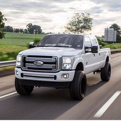 Love this Ford! Lifted Ford Trucks, New Trucks, Custom Trucks, Cool Trucks, Pickup Trucks, Chevy Trucks, Future Trucks, Lifted Cars, Ford F250 Diesel