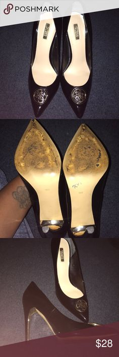293755e879c1 Black Guess Heels Black with black and gold plated G s on front of shoe.  Inner