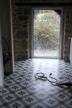 Decoration Hall, Tiled Hallway, Tile Floor, Flooring, Texture, Interior Design, Rugs, Apartment Ideas, Inspiration
