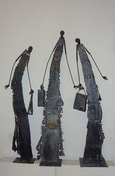 Sculpture, Metal in People, Everyday, Leisure, Soudure à l'arc, Métal découpé, soudé et terre - Image #555973