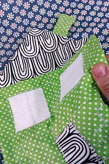 The Studious Stitch: tutorial - the silent house maze Silent House, Marble Maze, Fabric Houses, Do It Yourself Projects, Crafty, Quilts, Stitch, Sewing, Craft Ideas