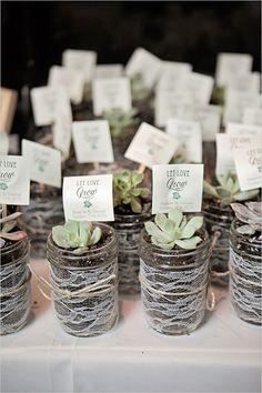succulent wedding favors #weddingfavors @weddingchicks