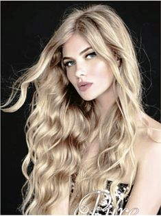 Foiled caramel blonde hair extensions. Warm Blonde, Cool Blonde, White Blonde, Golden Blonde, Blonde Hair Extensions, Tape In Hair Extensions, Blonde Foils, Caramel Blonde Hair