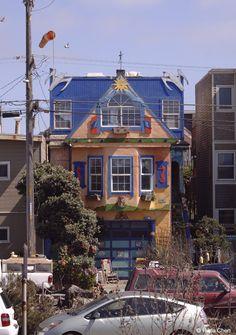 Colorful house facing the ocean. San Francisco, CA San Francisco Houses, San Francisco Skyline, San Fransisco, Road Trips, House Colors, Ocean, Rooms, California, Cabin