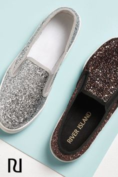 Is there such a thing as too much glitter? These fun, sparkly flats are the perfect way to spruce up a simple outfit like jeans and a tank. Shop them now in black, silver, and bronze for just $44!