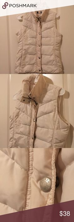 J crew down vest Gently worn off white vest, in excellent condition, interior pocket, elastic straps inside with polyester and down filling. In excellent condition. Make an offer! J. Crew Jackets & Coats Vests