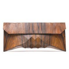 Wood Clutch. Super interesante