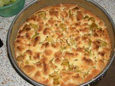 Das perfekte Rhabarberkuchen mit Rhabarber und für den Boden-Rezept mit Bild und einfacher Schritt-für-Schritt-Anleitung: Rhabarber schälen und in…