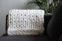 Merino wool blanket  fashion soft bulky chunky by Alexashop
