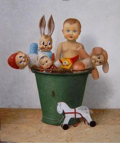 Rudy Beckers Hyperrealistic Art, Hyperrealism, Photorealism, Realistic Paintings, Art Paintings, Toys In The Attic, Still Life 2, Art Poses, Old Toys