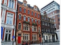 Five Star office space is available set within this gorgeous period property At Bloomsbury Square, Holborn
