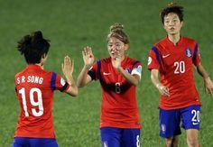 เอเชี่ยนเกมส์ : เกาหลีใต้ถล่มแข้งสาวไทย 5-0  ช้างศึกสาวประเดิมสนามที่อินชอนได้แบบไม่น่าจดจำหลังจากถูกเจ้าภาพถล่มไปถึง 5-0 เมื่อวานที่ผ่านมา www.sbo200.com สมัครสมาชิก #sbo ง่ายๆ มั่นคง #sbobet ปลอดภัย #sbothai ทีมงานมืออาชีพดูแล โทร. 087-3688880 - 3 ไอดีไลน์ : 0873688880 บริการ 24ชม.