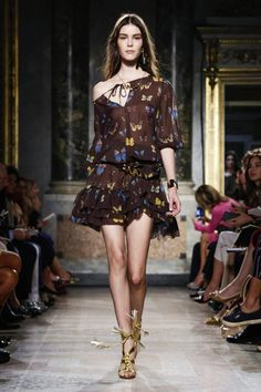 Blugirl Ready To Wear Spring Summer 2016 Milan - NOWFASHION