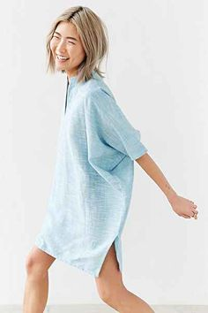 Vacation Style, Urban Dresses, Linen Blouse, Hemline, Urban Outfitters, Fitness Models, Mary, Short Sleeves, High Neck Dress