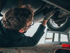 Oto Yedek Parça Deposu Aston Martin Sports Car, Gps Tracker For Car, Mobile Mechanic, Car Repair Service, Free Cars, Best Oils, Oil Change, Commercial Vehicle, Amigurumi