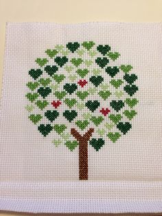Tree of hearts cross stitch - for a new home Cross Stitch Cushion, Small Cross Stitch, Cross Stitch Tree, Cross Stitch Letters, Cross Stitch Heart, Cross Stitch Cards, Cross Stitching, Wool Embroidery, Hand Embroidery Designs