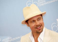 Fashion icon Brad Pitt really pulls off this cream felted wool fedora which matches his cream suit. A stunning look on a stunning guy.