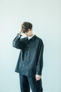 Unisex Fashion, Boy Fashion, Korean Fashion, Japan Men Fashion, Best Leather Jackets, Fashion Poses, Fashion Images, Minimal Fashion, Men Casual