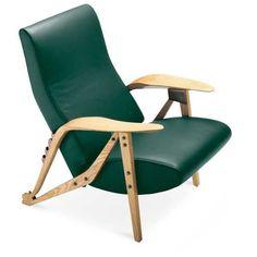 Mi pequeña galería de clásicos. El arquitecto Carlo Mollino creó un mundo propio en el que reinó el erotismo y el exceso. En él entraron sus propios muebles, que contribuyeron a definir el look Italia años 50. Butaca Gilda.