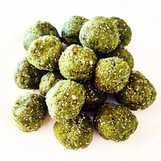 Matcha Maiden | Organic Green Tea #Matcha Powder | Matcha Bliss Balls #recipe from Sam Purvis on www.matchamaiden.com
