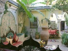 Riad Villa Harmonie in Marrakech. Romantic courtyard. #Morocco
