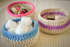 Some of these Crochet Spa Basket Patterns are part of a set so they come with more free patterns for different spa items.