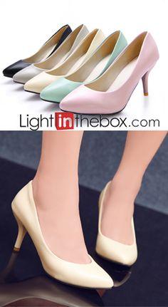 ¿También te encantan los tacones stiletto con tacon bajo? Entonces estas zapatillas son ideales para ti. Encuéntralos en nuestro sitio.