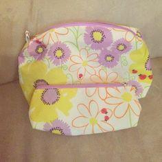 Clinique makeup bags 2 piece set - spring floral design Clinique Bags Cosmetic Bags & Cases