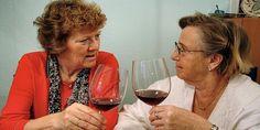 vinjournalen.se -  Vin Fakta : Veckans fråga:  Blir man tjock av alkohol och vin?    Veckans fråga: Är det så att man blir tjock av alkohol och vin? Olika dieter har i alla tider rekommenderat att man ska sluta med vin och alkohol om man vill gå ner i vikt. Men nya rön kommer hela tiden! För om vi tänker efter, visst känner vi alla människor som regelbundet dricker ett eller... https://wp.me/p73gTR-3K5
