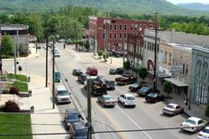 You'll Never Want To Leave These 9 Mountain Towns In Kentucky