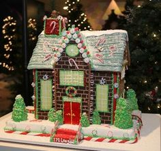 Gingerbread Candycane Roof