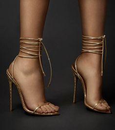 Fancy Shoes, Cute Shoes, Me Too Shoes, Formal Shoes, Stilettos, Women's Pumps, Stiletto Heels, Platform Pumps, High Heels Boots