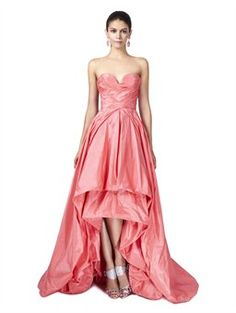 SWEETHEART NECK WITH RUCHED BODICE GOWN, Oscar de la Renta