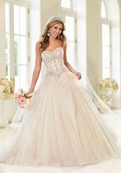 Stella York 6022 Ball Gown Wedding Dress