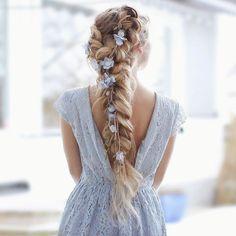 Pigtail Hairstyles, Bride Hairstyles, Formal Hairstyles, Wedding Hair And Makeup, Bridal Hair, Coiffure Hair, Hair Accessories For Women, Hair Dos, Prom Hair