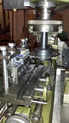 Homemade QCTP holders machined from 6061 aluminum bar stock. Intended for utilization in conjunction with Unimat and Sherline lathes. Also see http://www.homemadetools.net/forum/modifications-improvements-unimat-sl-1000-lathe-10111